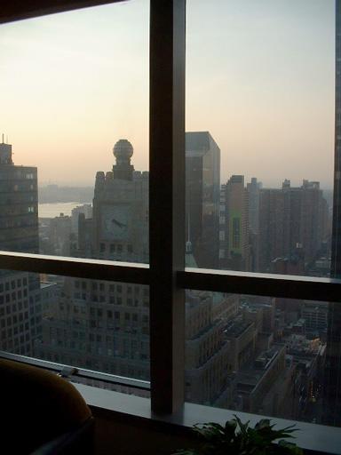 11-03-03-hotel.jpg