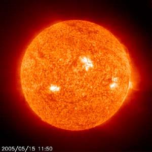 sun-soho-05-15-2005-1150z3.jpg